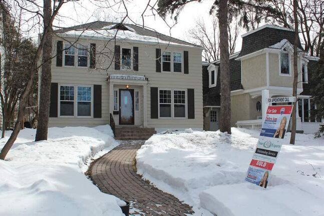 401 more properties changed hands in April than in March.