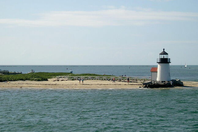 Cape Cod is a world-class summer resort area with 900 kilometres of unspoiled coastline.