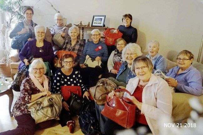 Forever Friends Pack Handbags Of Hope Winnipeg Free Press