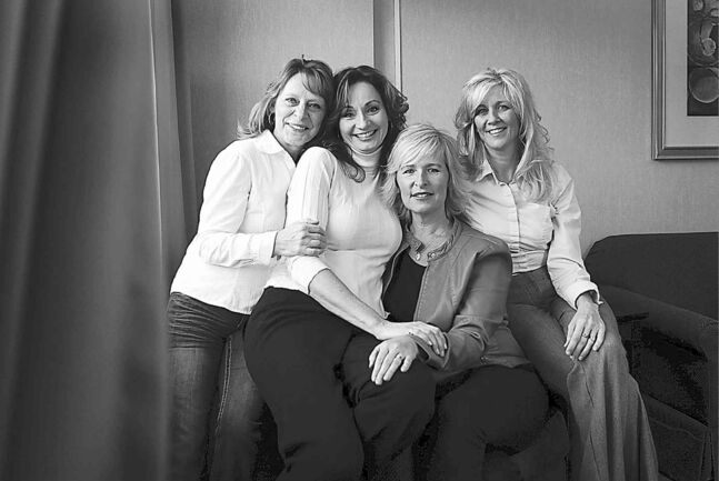 Ruth Bonneville / Winnipeg Free Press FILESThe Real Housewives of Transcona know true friendship.