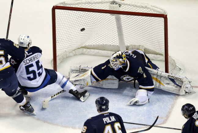 Mark Scheifele scores a beauty Saturday on Blues goalie Brian Elliott.