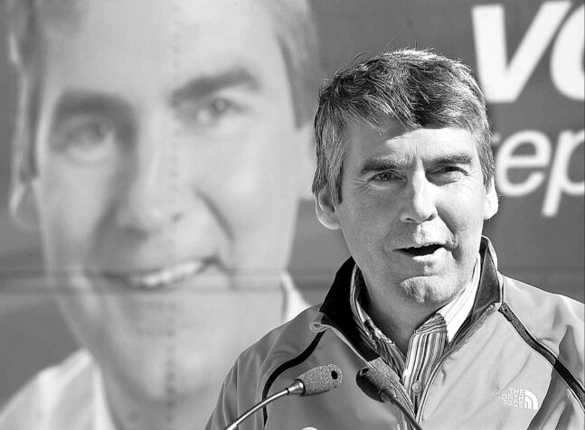 Nova Scotia's premier-elect Stephen McNeil addresses supporters in Elmsdale, N.S. Sunday. McNeil led the Liberals to a majority government in Tuesday's election.