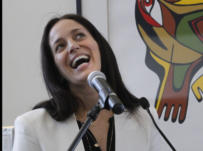Collegiate alumna Chantal Kreviazuk received an honorary doctorate from the U of W on Wednesday.