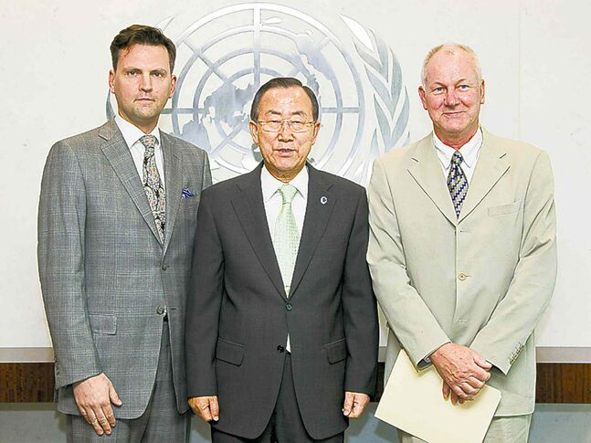 OPCW field inspection team leader Scott Cairns, UN Secretary General Ban Ki Moon, inspection team leader Ake Sellestrom in June at start of mission to Syria.