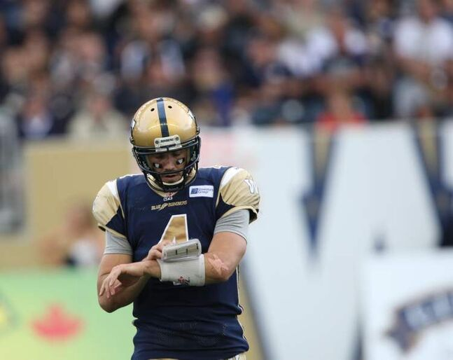 Winnipeg Blue Bombers  quarterback Buck Pierce reads plays early in Friday night's game.