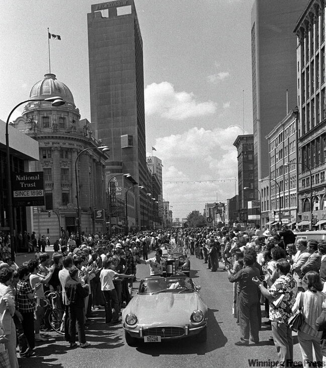 Jets captain Lars-Erik Sjoberg leads a parade down Portage Avenue on May 5, 1976, after the team won its first Avco Cup.