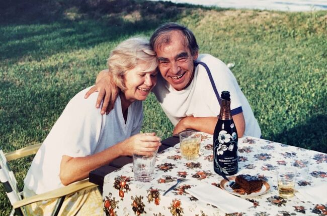 <p>Mario Zava and his wife, Estela, enjoyed spending time at their cottage in the Whiteshell.</p></p>