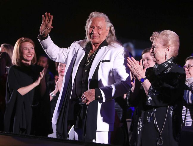 In court affidavits, process servers described being unable to personally serve Nygard with court documents despite being told he was present at his various homes. (Jason Halstead / Winnipeg Free Press files)			</p>