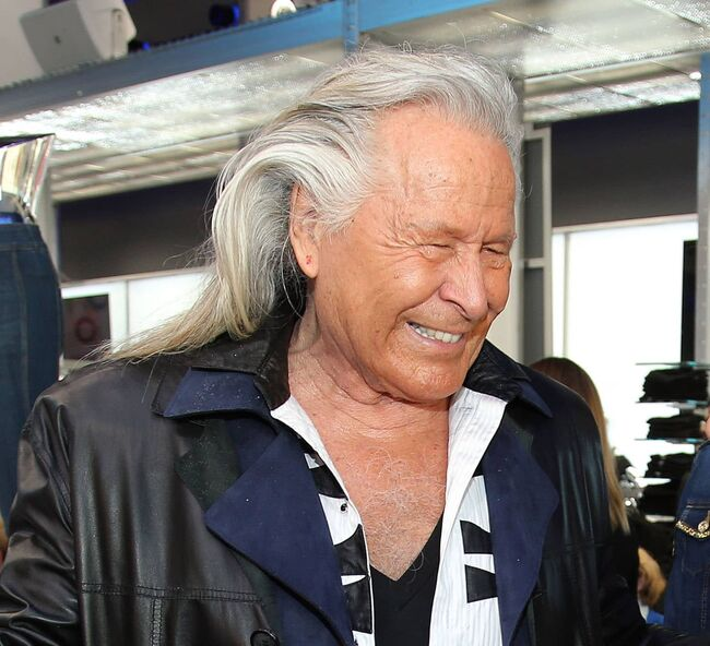 """A member of the RCMP's Federal Serious and Organized Crime Unit considered Peter Nygard """"a serious flight risk."""""""