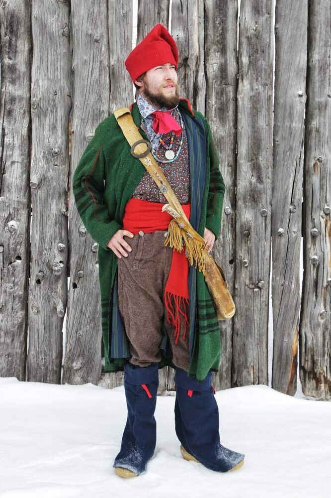 Model voyageur: Dan Pohl. Heritage interpretation: Colin Mackie and Monique Olivier. (Mike Deal / Winnipeg Free Press)