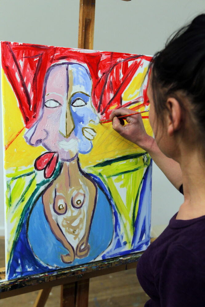 Victoria Stone used her talent to benefit Artbeat Studio during the studio's 24-hour art-a-thon, which ends Friday, Feb. 7.  (Boris Minkevich / Winnipeg Free Press)