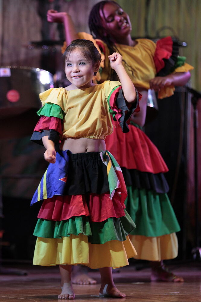 Young dancers perform at the Africa/Caribbean pavilion Monday. (John Woods / Winnipeg Free Press)