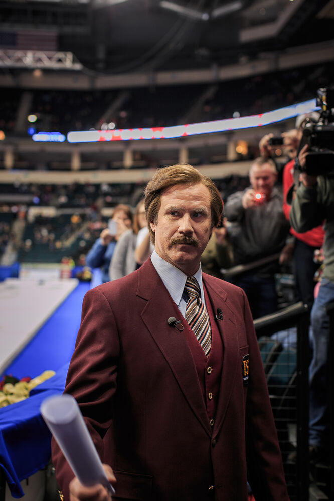 Ron Burgundy acknowledges someone in the crowd at the opening to Roar of the Rings at MTS Centre. Day 44. (MELISSA TAIT / WINNIPEG FREE PRESS)