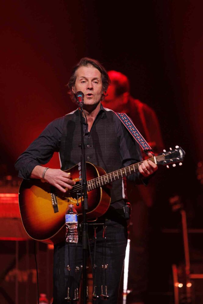 Blue Rodeo singer Jim Cuddy had his son Devin Cuddy and the Devin Cuddy Band (not pictured) warm up the audience during Thursday's performance at the MTS Centre in Winnipeg. (Boris Minkevich / Winnipeg Free Press)