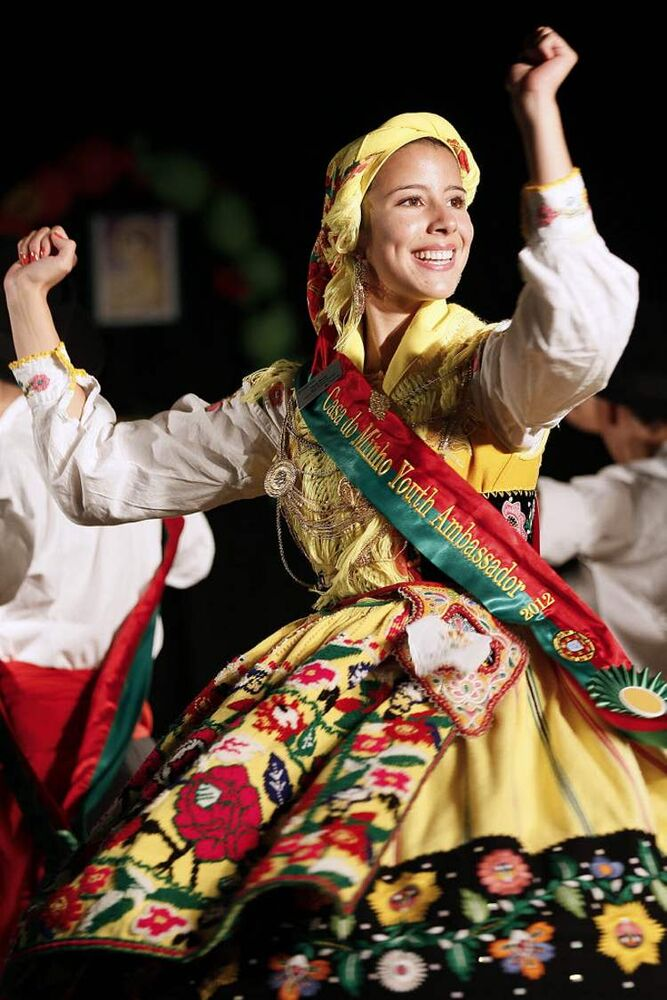 A dancer performs at the Casa do Minho Portuguese Pavilion Sunday, August 5, 2012. (JOHN WOODS / WINNIPEG FREE PRESS)
