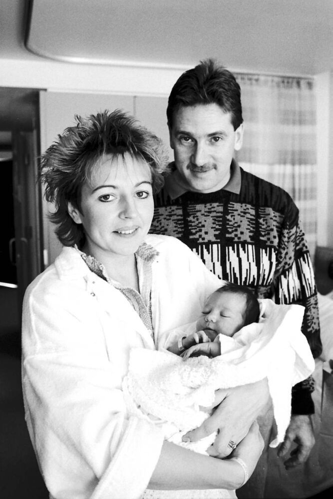 Melissa Fay Hillman, Winnipeg's first baby of the new year (1988) is shown off by her proud parents, Stan and Lila Hillman, at Victoria General Hospital. Melissa, born when 1988 was only two minutes old, weighed in at seven pounds, 15.5 ounces.