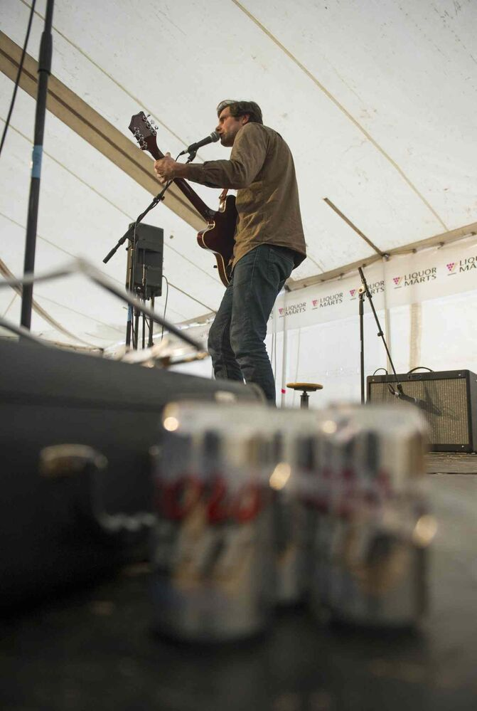 Slow Leaves performs in the Liquor Mart Snow Bar Saturday afternoon at Festival du Voyageur.  (David Lipnowski / Winnipeg Free Press)