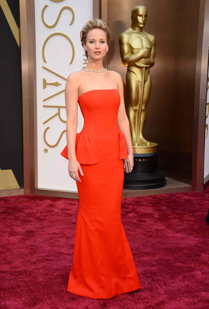 Jennifer Lawrence arrives at the Oscars. (Jordan Strauss / The Associated Press)