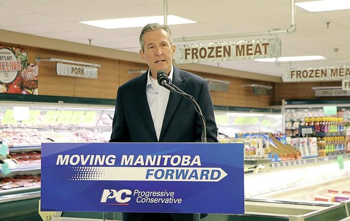 Manitoba Premier Brian Pallister makes an announcement at local grocer Family Foods that the Progressive Conservatives will allow grocery stores to be open on Sundays and statutory holidays if they are re-elected in September.