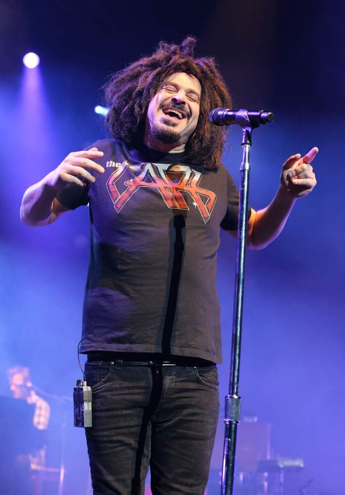 Counting Crows lead singer Adam Duritz hits all the right notes.
