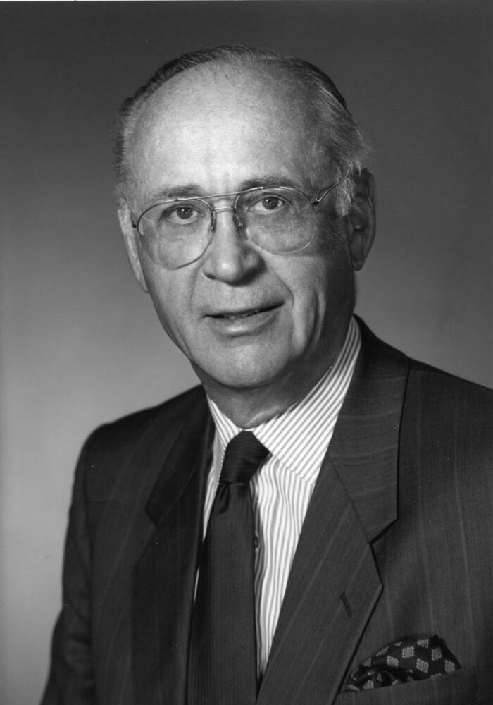George T. Richardson in a 1993 corporate photo from James Richardson and Sons, LTD.  (Winnipeg Free Press)