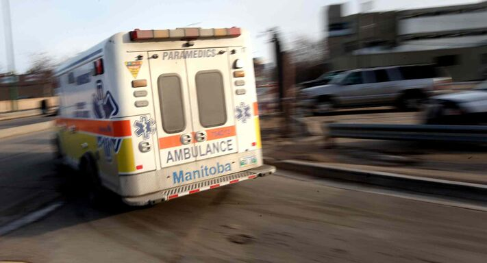 The average wait for paramedics to pass control of a patient to a Winnipeg hospital emergency room was a record 78 minutes last year, up from 75 minutes in 2013.