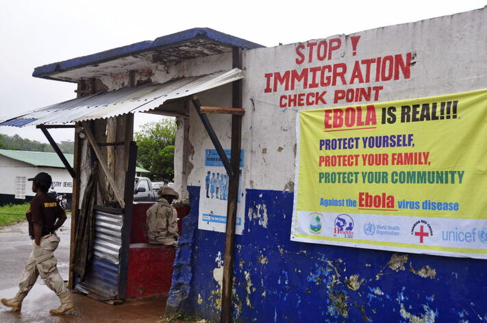 The US is sending some 3,000 troops to set up treatment centers with 1,700 beds and to train local health workers to deal with the Ebola crisis.