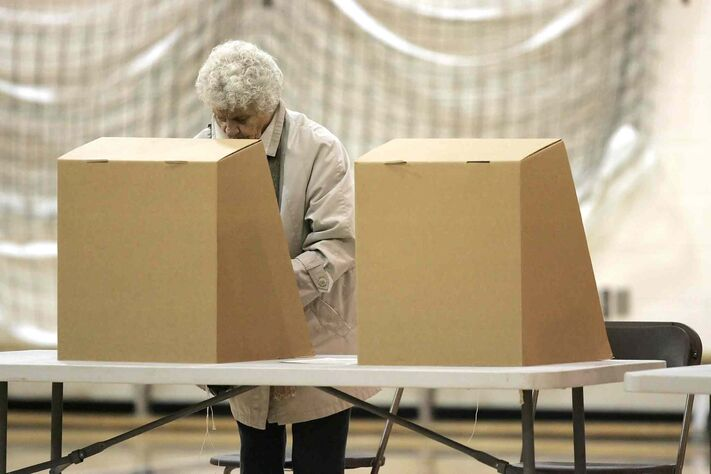 Advance polls attracted 30,619 voters this year.