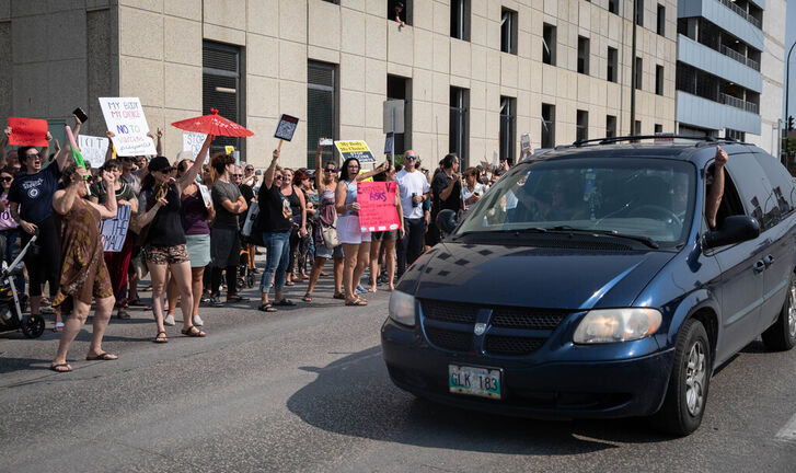 Hundreds of people gathered outside the Health Sciences Centre on Sept. 1 to protest vaccinate passports and COVID restrictions. (Jessica Lee / Winnipeg Free Press files)    Reporter: Cody Sellar
