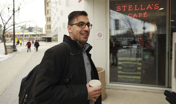 Ahmed Barkat will still support Stella's to ensure employees continue to get enough shifts to make ends meet. (Ruth Bonneville / Winnipeg Free Press)</p>