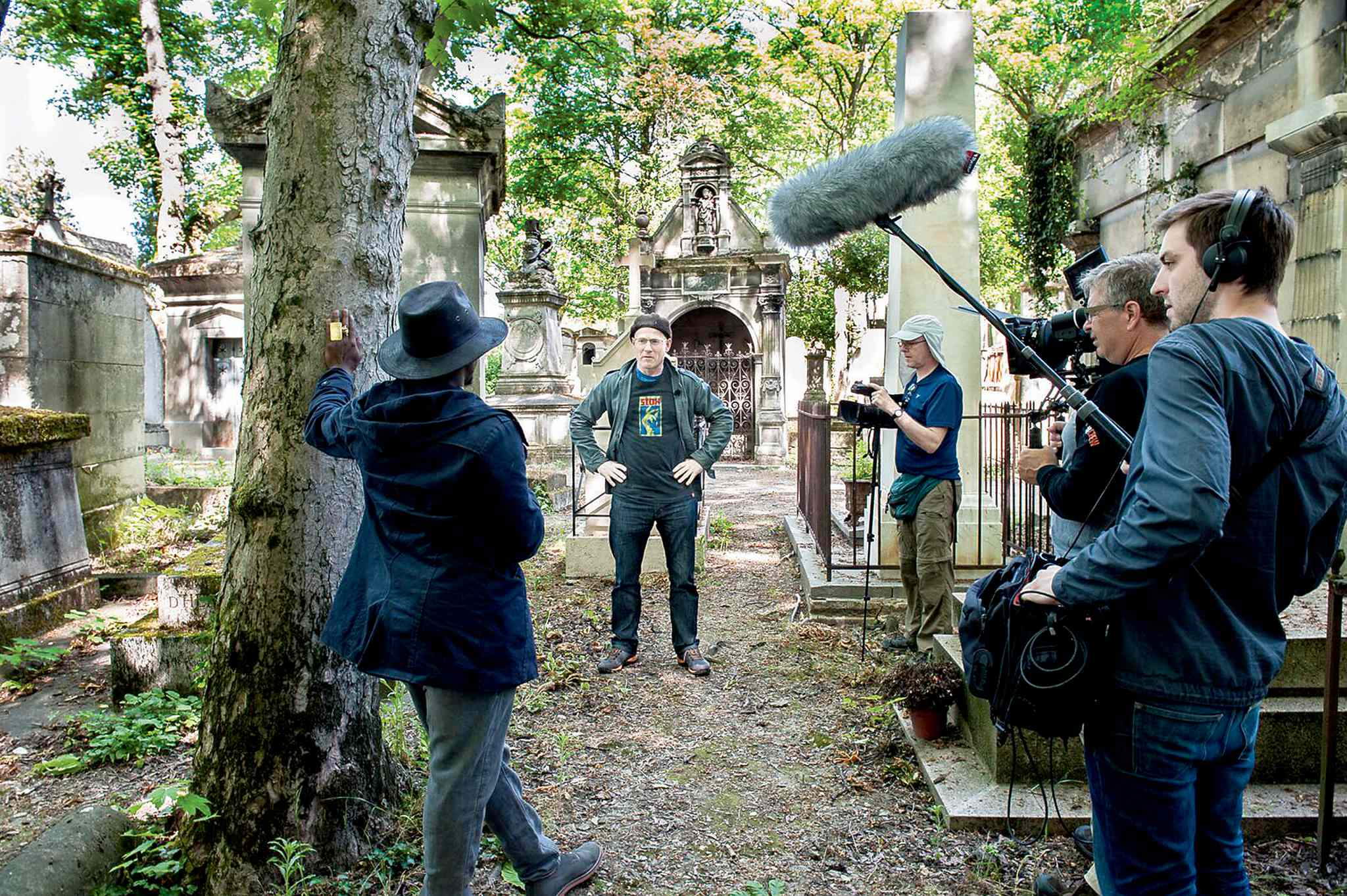 French rehearses in a Paris cemetery, preparing for the World Cup of Slam Poetry.