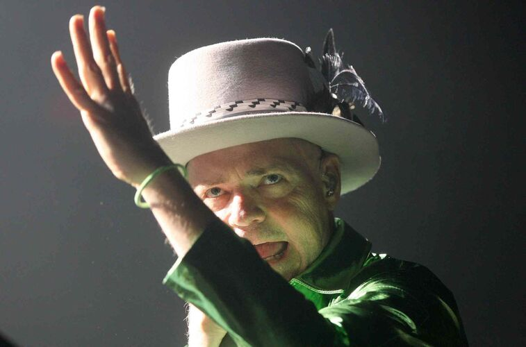 Gord Downie of the Tragically Hip plays the MTS Centre in Winnipeg. Aug. 5, 2016  -