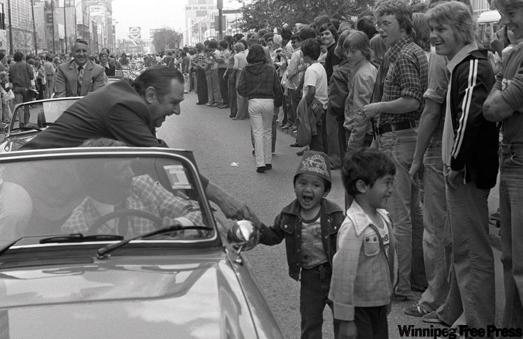 A young fan gets a handshake during Jets first victory parade on May 5, 1976.