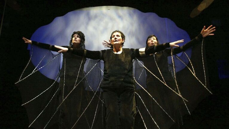 PHIL HOSSACK / WINNIPEG FREE PRESS files</p><p>Nancy Drake (centre, with Sharon Bajer, left, and Tracey Nepinak) performs in a 2006 production of Silver Wing at Manitoba Theatre for Young People, where she worked as an actor and a director.</p></p>