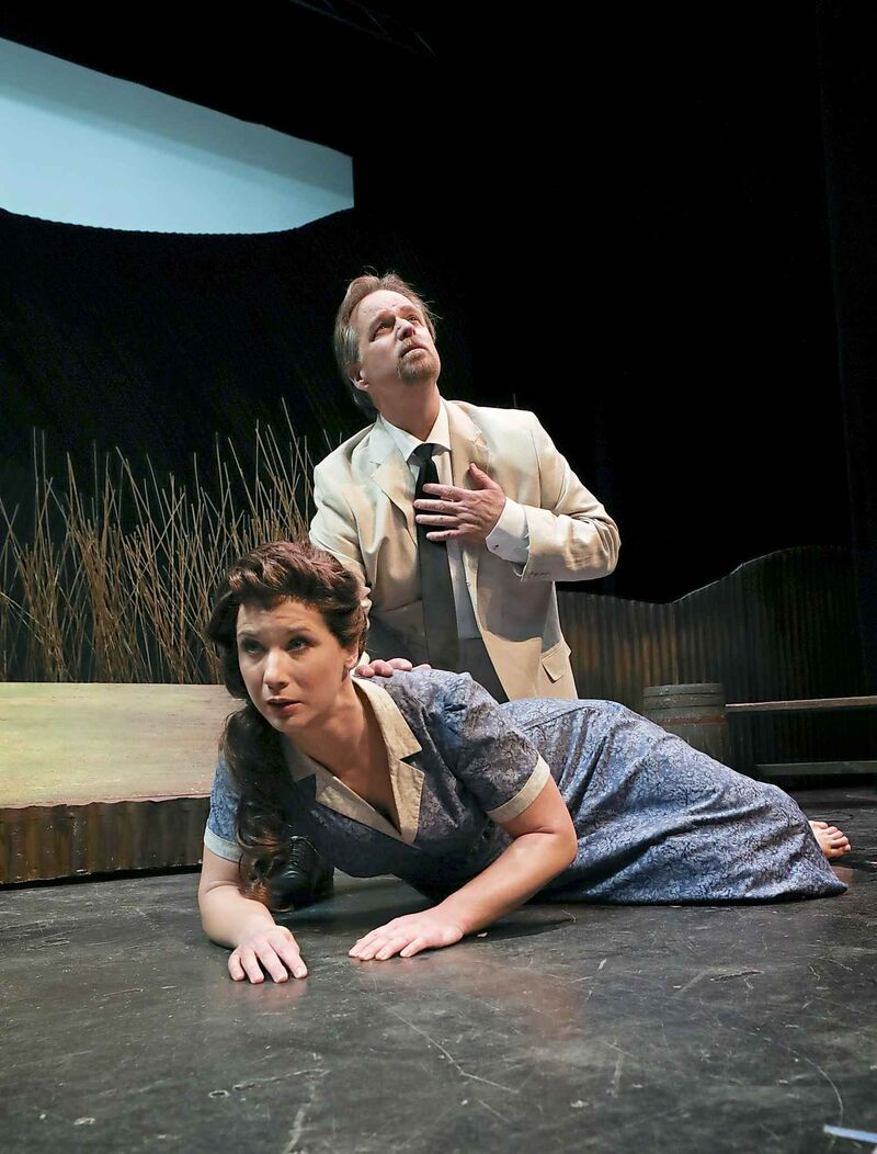 The opera is loosely based on the biblical story of Susanna and the Elders. (Ruth Bonneville / Winnipeg Free Press)