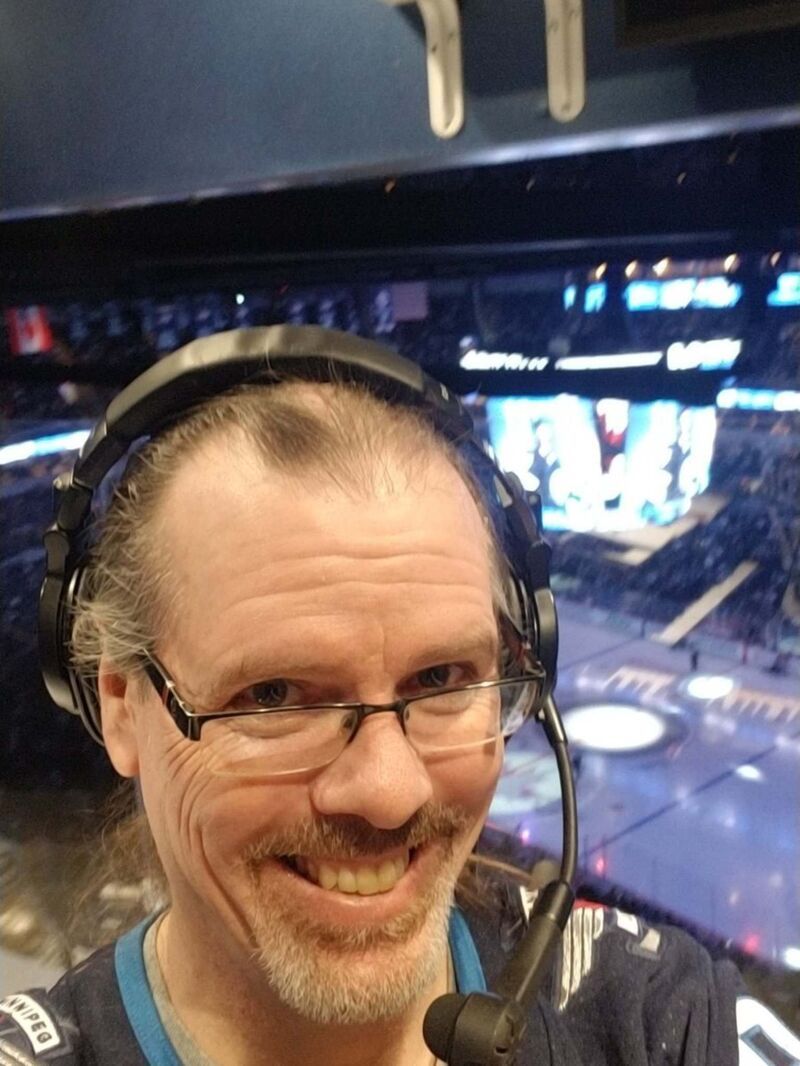 Chris Eccles, organist for the Winnipeg Jets: Lady of Spain </p> (Twitter)