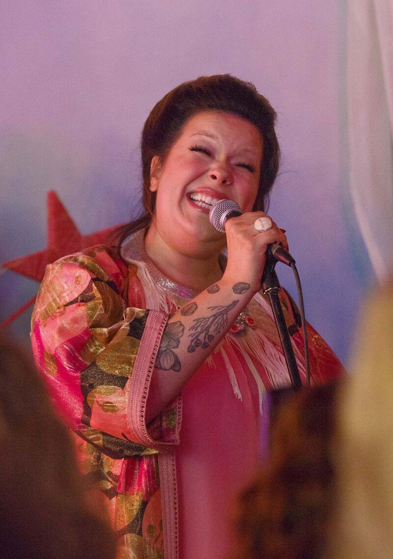 MIKE DEAL / WINNIPEG FREE PRESS</p><p>Begonia performs during her Fear album listening party at the Tallest Poppy restaurant on Sherbrook Street.</p>