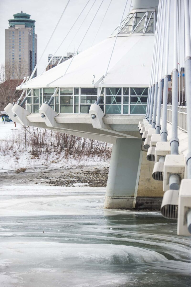 Earl Barish, co-owner of Salisbury House, which operated the first restaurant at the bridge location, said the walk-up location of the restaurant made it a challenge to attract diners during all but the most ideal summer weather conditions. (Mikaela MacKenzie / Winnipeg Free Press)