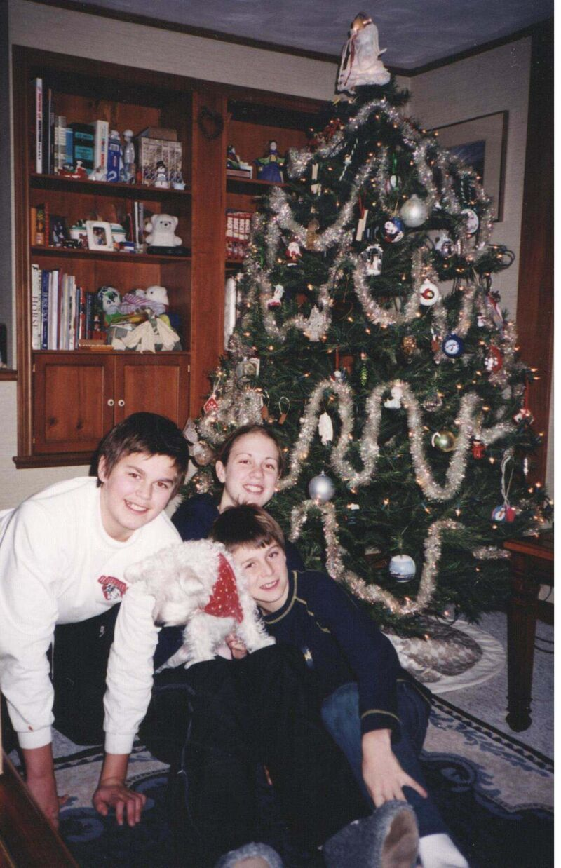 Youngest sibling, Mark (right) was the baby of the Scheifele clan and often battled brother Kyle (left) and sister Janelle (at rear) in sports, but his size and age difference was rarely taken into consideration.</p>