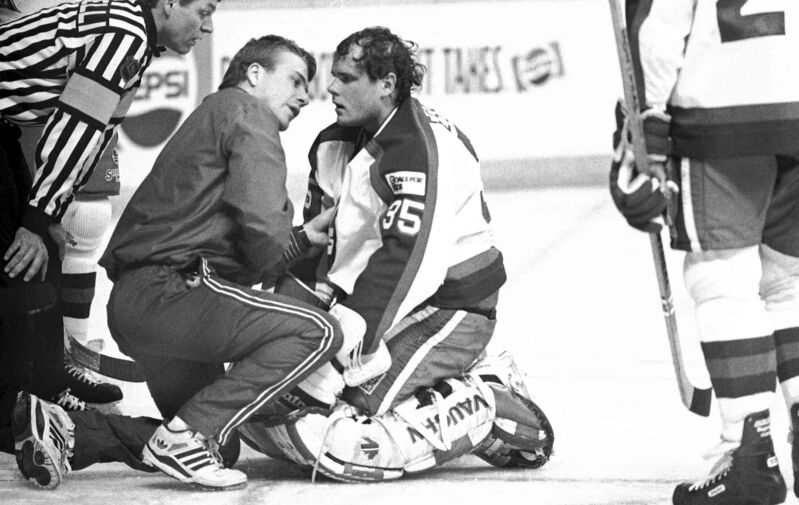 Midway through the second period, Oilers forward Glenn Anderson slammed into Jets goalie Bob Essensa, knocking him out of the game.