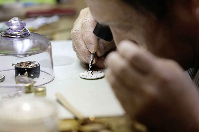 Lam Tran has accrued a wealth of knowledge over a lifetime of fixing watches. (Ruth Bonneville / Winnipeg Free Press)