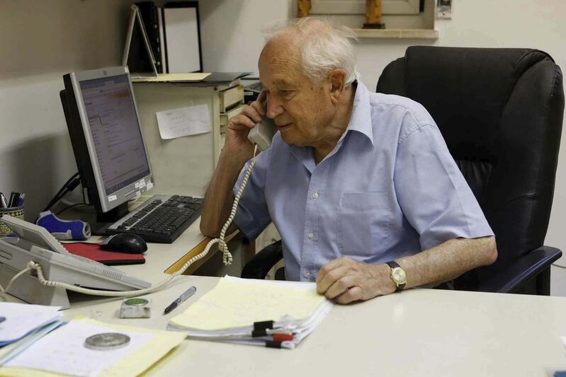 """<p>Mechoulam: """"society has to decide whether it wants it or not."""" (Courtesy of AG / The Hebrew University of Jerusalem) </p>"""