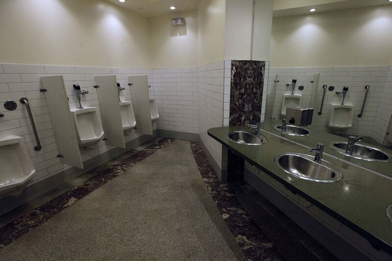 PHIL HOSSACK / WINNIPEG FREE PRESS</p><p>It's not widely known, but Union Station on Main Street has the best downtown public washrooms.</p>