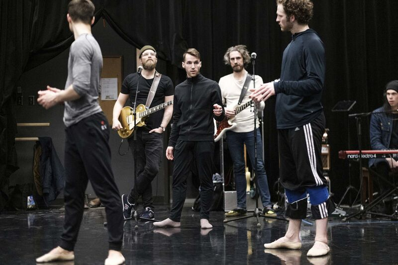 From left: dancer Ryan Vetter, guitarist Joey Landreth, choreographer Philippe Larouche, bassist Dave Landreth and dancer Liam Caines collaborate during an open rehearsal of Next of Kin, based on the music of the Bros. Landreth. (Daniel Crump / Winnipeg Free Press)