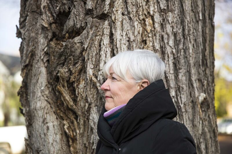 """With each passing hour, you could see the situation getting worse and worse,"" Wolseley resident Erna Buffie said. (Mikaela MacKenzie / Winnipeg Free Press)"