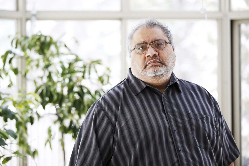 """Dr. Anand Kumar, attending ICU physician at the Health Sciences Centre in Winnipeg, has criticized pandemic responses that don't adopt a """"COVID Zero"""" philosophy as a way to focus on locking down to keep case counts low and easily contact-traceable.  (John Woods / Winnipeg Free Press files)"""