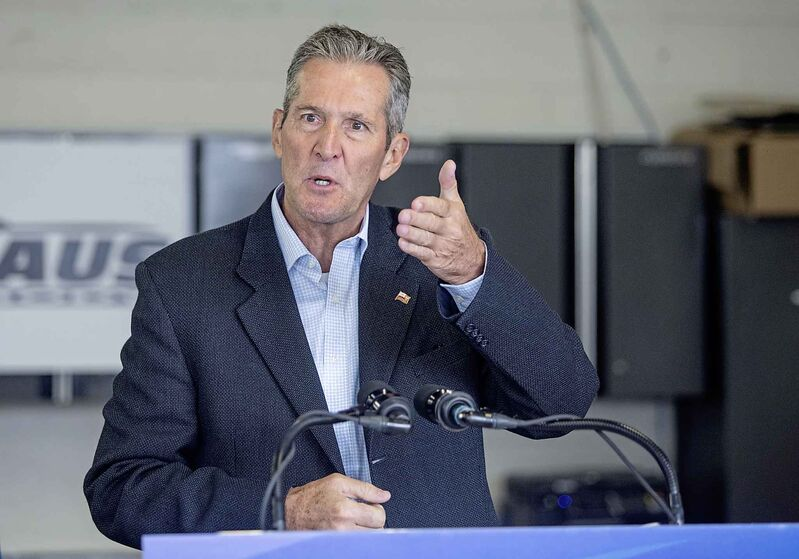 As surely as a Winnipeg driver's windshield needs scraping on a February morning, Mr. Pallister and his PC government are headed for a second term in power. (Sasha Sefter / Winnipeg Free Press)