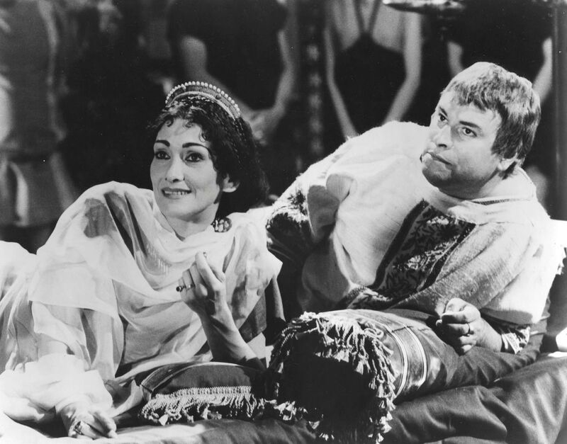 Siân Phillips as Livia and Brian Blessed as Emperor Augustus Ceasar in I, Claudius.</p>