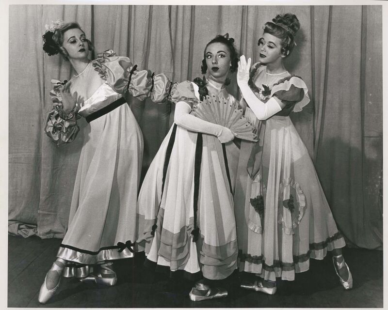 In June 1940, the Royal Winnipeg Ballet made its première performance on the Pantages stage. The company danced at the Playhouse until the Manitoba Centennial Concert Hall was constructed in 1967.</p>