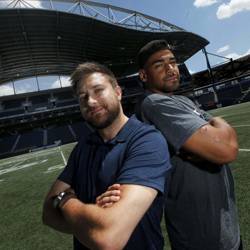 Winnipeg Blue Bomber running back Andrew Harris and Free Press sportswriter Jeff Hamilton have teamed up for a new podcast called The Handoff. (Phil Hossack / Winnipeg Free Press)</p>